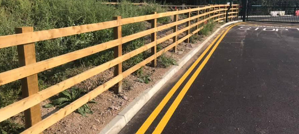 As experienced landscapers and fencing contractor, BN Fencing offer a wide variety of ground maintenance services,